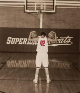 Ethan-Roberts-Superior-nebraska-Danyelle-Roberts-basketball